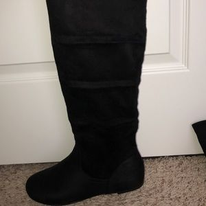 Forever 21 Black Boots!!